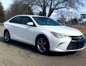 CD Player2015 Toyota Camry for Sale in Oakland, CA
