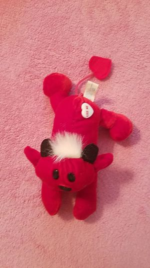 """Brand new Valentine's day red """"kiss me"""" devil for Sale in Williamsport, PA"""