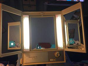 Retro Clairol Makeup Mirror- 3 Way Mirror- 4 Light Settings! **Read Description** for Sale in West Covina, CA