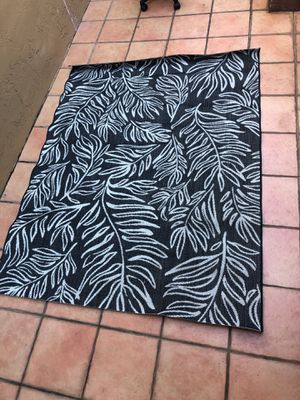 Patio rug for Sale in Hialeah, FL