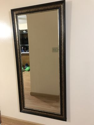 Big Wall mirror for Sale in St. Louis, MO
