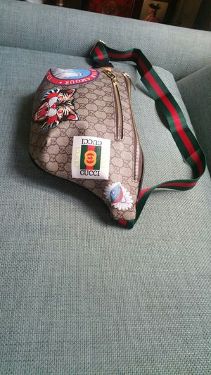 Gucci supreme waist chain belt bag fanny pack sunglass case purse fendi wallet handbag for Sale in San Diego, CA