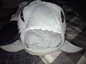 🦈GREAT WHITE SHARK 🦈 PUPPY 🐶 BED TORDES Washable Shark Pet House Cave Bed for Small Medium Dog Cat Puppies with Removable Cushion and Waterproof Bott for Sale in Hialeah, FL