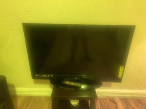 40 inch tv for Sale in Brooklyn, NY