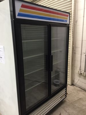 Restaurant Upright drinks refrigerator for Sale in Manassas Park, VA