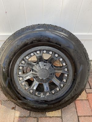Pro comp Jeep tires and rims less than 600 miles!! 33/15 (5) wheels for Sale in Alafaya, FL