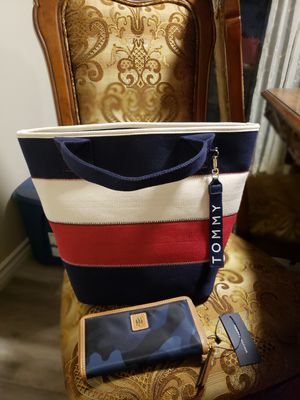 Combo tote bag and wallet for Sale in Carson, CA