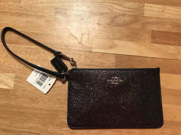 Credit card holder for your wrist