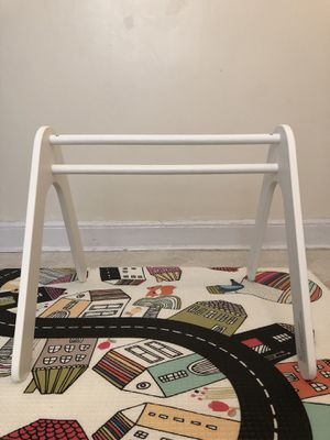 Playmat arm for toys / Pottery Barn Kids for Sale in Brooklyn, NY