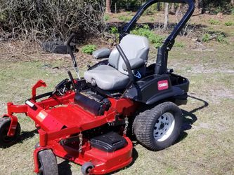 Toro commercial zero turn mower 3000 series for Sale in Howey-in-the-Hills,  FL
