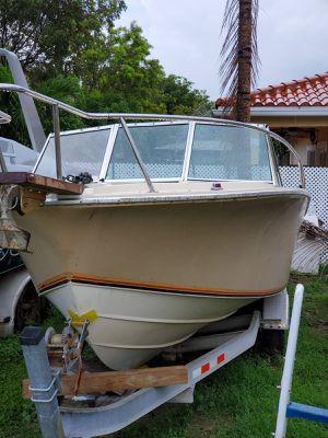 Boat chris craft 21' , 3'' 1984 for Sale in Miami Gardens, FL