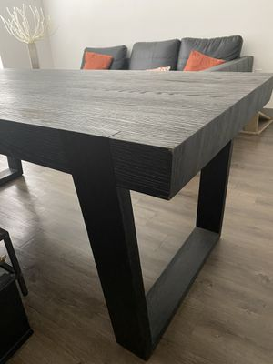 Black Wood Table for Sale in Anaheim, CA