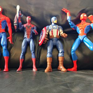 Marvel Action Figures 3 Spider-man And Captain America for Sale in Murrieta, CA