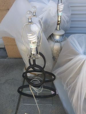 Lamps with shades for Sale in Moreno Valley, CA