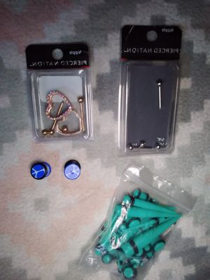 Lot of nipple jewelry & gauges (new ) for Sale in Flamingo, FL