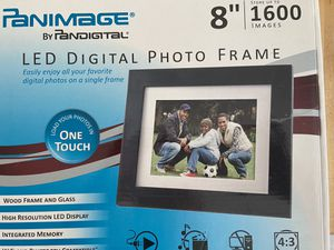 "Panimage 8"" LED Digital Photo Frame for Sale in Elmore, OH"