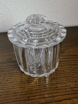 Vintage Heavy Glass Ribbed Trinket Box for Sale in Keller,  TX