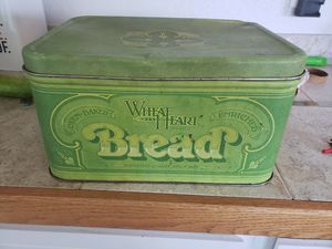 Tin bread box for Sale in East Wenatchee, WA