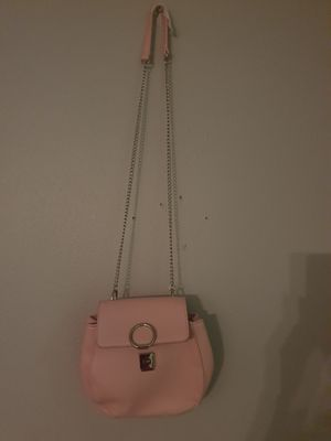 Woman pink handbag for Sale in Ruskin, FL