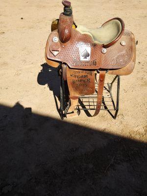Ropingsaddle sz 15 Flying J saddlery for Sale in El Paso, TX