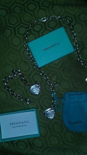 Brand new Tiffany whole set & earrings .. for Sale in Belleville, IL