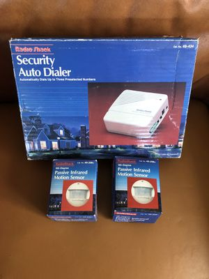 Radio Shack Qty:1 - Security Auto Dialer, 49-434 Qty:2 - 180-Degree Passive Infrared Motion Sensor, 49-208A for Sale in Buffalo Grove, IL