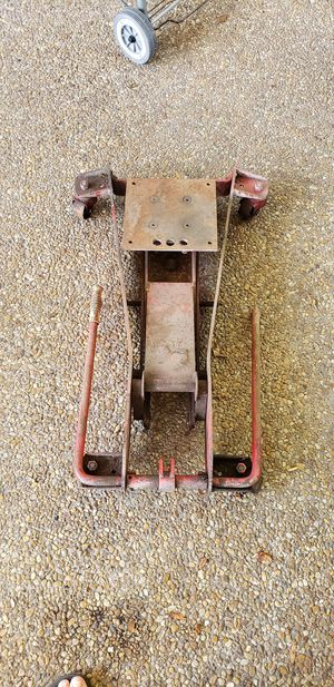 Snap on transmission Jack needs hydraulic cylinder for Sale in Pompano Beach, FL