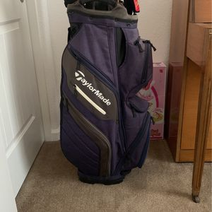 TaylorMade Supreme Cart Bag for Sale in Dinuba, CA