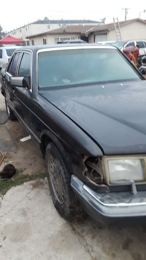1990 Mercedes body parts for Sale in Hawthorne, CA