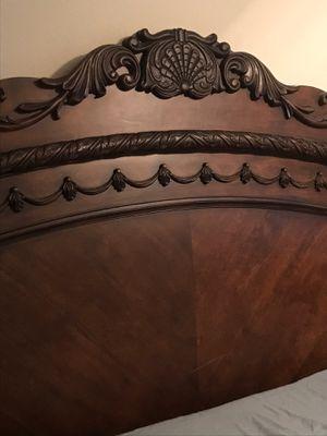 CALI KING BED FRAME for Sale in Lawndale, CA