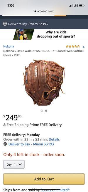 Baseball glove nokona ws-1300 for Sale in Miami, FL