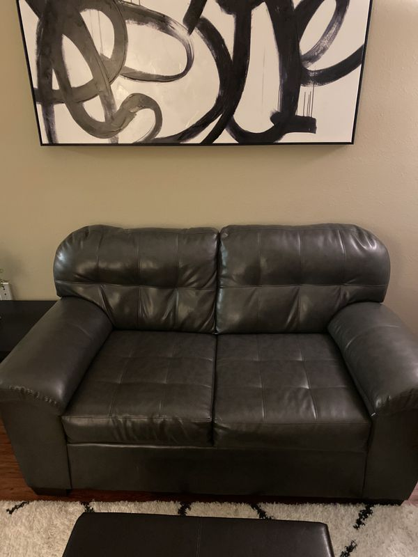 Love seat leather Couch
