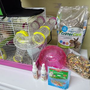 Hamster Cage And Accessories for Sale in Cosmopolis, WA