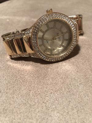 Ashley stainless steel watch missing back cover and battery for Sale in Miami, FL