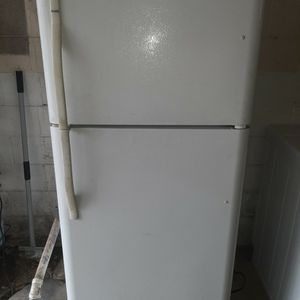 Kenmore Fridge for Sale in Indianapolis, IN
