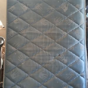 Twin Mattress With Box Spring for Sale in Pineville, LA