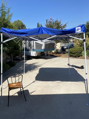 EZ Up Pop up for Sale in La Mesa, CA