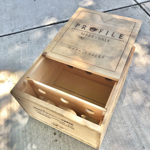 Profile Merryvale Vineyards Wooden Wine Box for Sale in Milpitas, CA