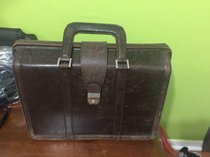Briefcase for Sale in Miami, FL