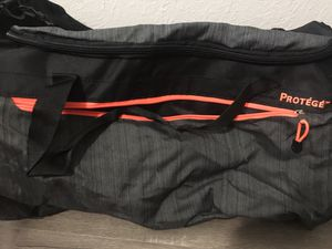 Duffle bag for Sale in Scottsdale, AZ