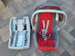 Click Connect car seat and base for Sale in San Jose, CA