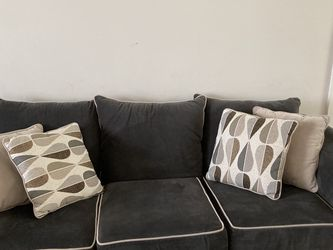 Couch Set 2 End Tables And One Coffee Table 750 OBO for Sale in Hamden,  CT