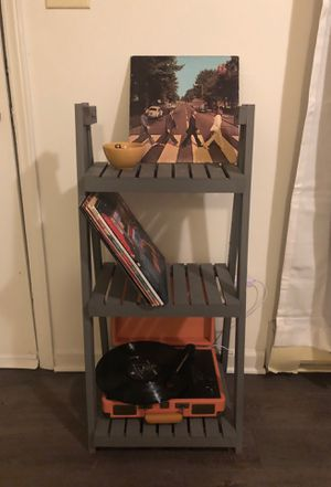 Ladder shelf/bookcase for Sale in Greenville, NC