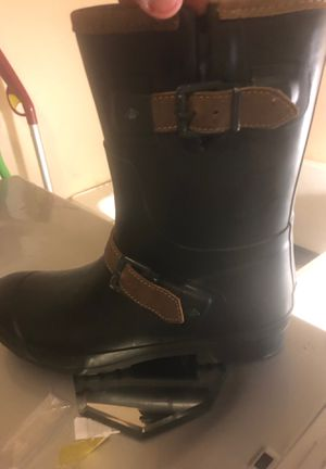 Woman sperry rain boots size9 for Sale in Cleveland, OH