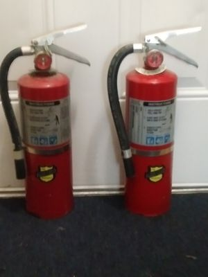 ⭐(2)Full ABC 5 Pound Classification Fire 🔥 Extinguishers!⭐ MAKE AN OFFER ⭐ for Sale in Miami, FL