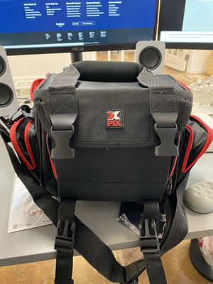 Brand NEW Adjustable Camera Bag with Cleaning Tools for Sale in Miami, FL