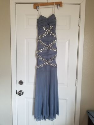 Prom dress for Sale in Bloomington, CA