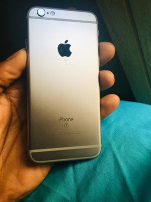 iPhone 6 S. UNLOCKED. 32GB. for Sale in Chicago, IL