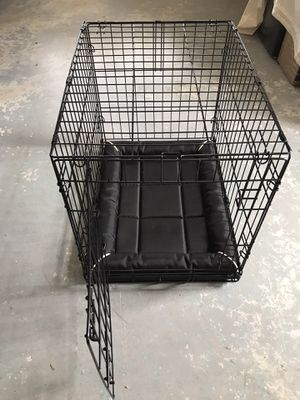 Small dog crate for Sale in Cypress Gardens, FL