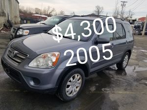2005 Honda crv awd 4cyl runs and drives excellent only 145k for Sale in Salem, MA